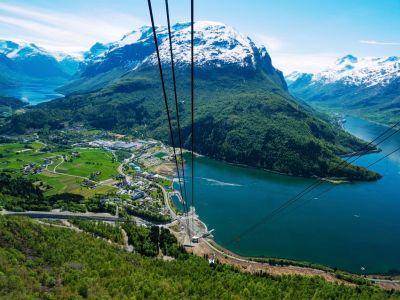 Loen Skylift, Via Ferrata Loen und eine Wanderung zum Berg Skala