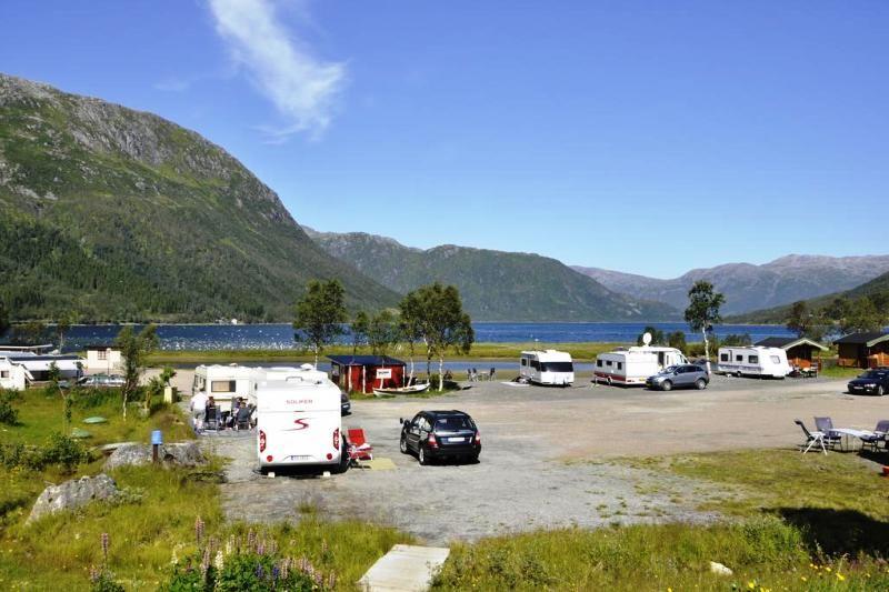 Gullesfjord Camping Kampeerplaatsen
