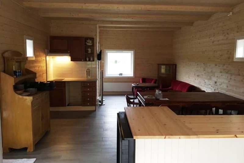 Kabelvag Feriehus & Camping ontvangstruimte