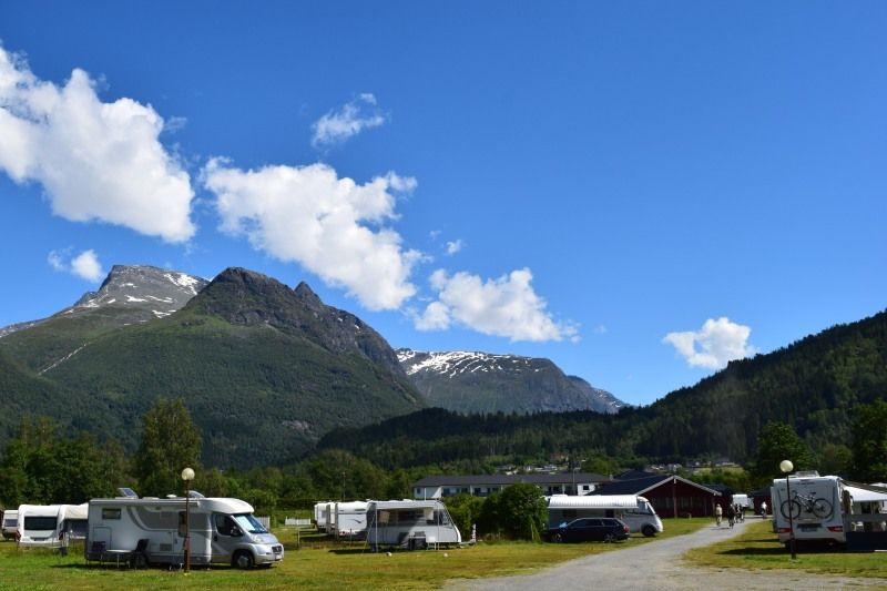Lo-Vik Camping Kampeerplaatsen en uitzicht