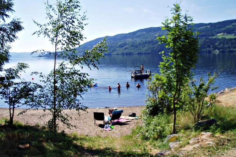 Lyngstrand Camping Randsfjord strand