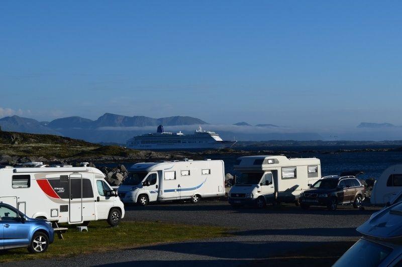 PlusCamp Bud Camping uitzicht op zee
