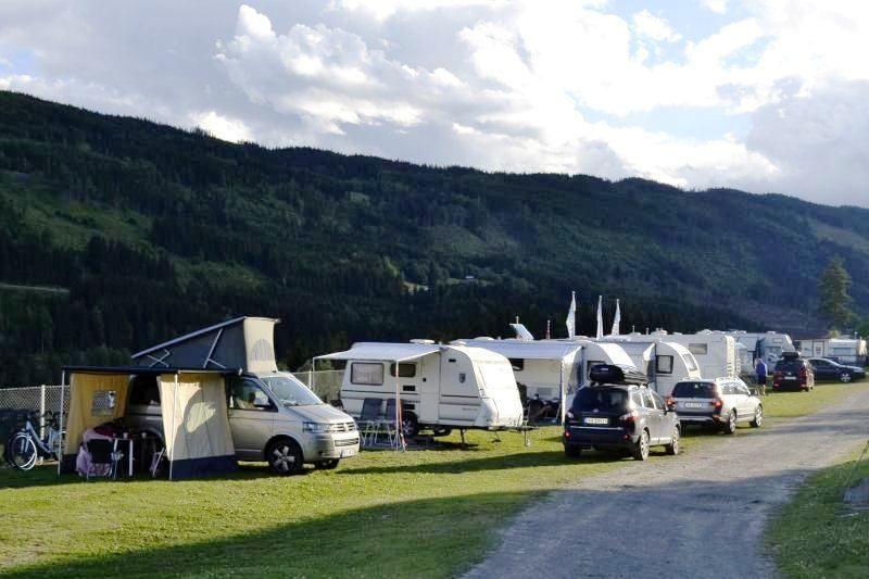 PlusCamp Rustberg Camping kampeerplaatsen