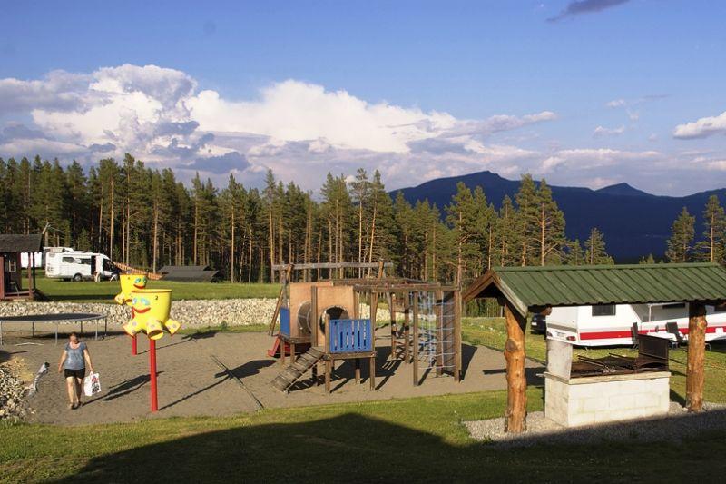 Randsverk Camping speeltuin en grillplaats